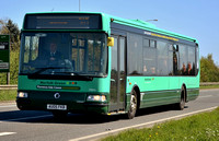 AU05 FKB | Norfolk Green 39894 on the A17 at Gedney.