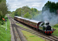 Lambleton Tank No. 29 approaches Quorn & Woodhouse Station working 2A37 16:00 Loughborough Central - Leicester North service.